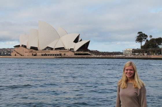 "and got the typical ""me and the opera house picture"""