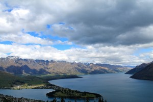 Hike up Queenstown Hill
